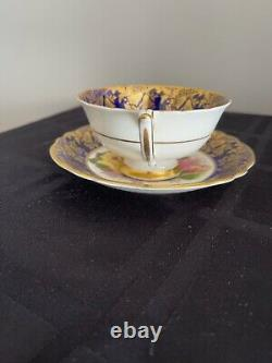 Paragon Tea Cup Saucer Roses Heavy Gold