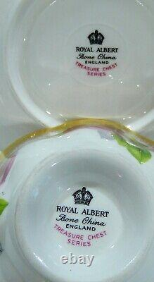Royal Albert OLD ENGLISH ROSE Cup & Saucer TREASURE CHEST Series with Heavy Gold
