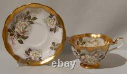 Royal Albert WHITE ROSE Cup & Saucer TREASURE CHEST Series Heavy Gold Gilding
