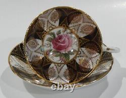 Les Années 1960 Paragon Dark Pink Rose Cup & Saucer Panneaux Noirs Et Fibre D'or Lourd