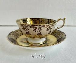 Paragon Angleterre Tea Cup & Saucer Floating Pink Cabbage Rose Cobalt Heavy Gold