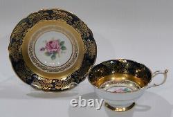 Paragon Grande Rose Rose Cup & Soucoupe Cobalt Et Heavy Gold Gilding Filigree Mint