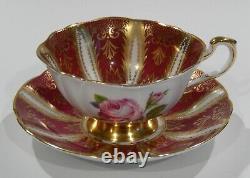 Paragon Pink Rose Cup Des Années 1960 & Soucoupe Heavy Gold Filigree Sur Fond Bourguignon