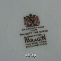 Paragon Teacup & Saucer Trio Antique Set Vert Avec Roses Angleterre Heavy Gold