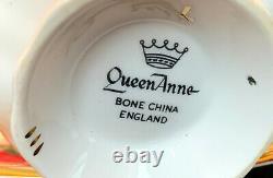Queen Anne Heavy Gold Avec Des Roses Rouges Et Blancs Floating Tea Cup And Saucer Set