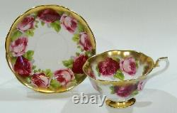 Royal Albert Old Anglais Rose Cup & Saucer Treasure Chest Series Avec L'or Lourd